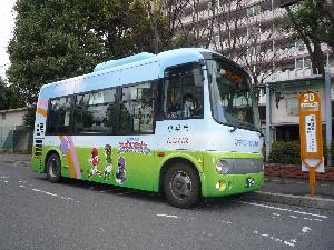 무지개버스의 차량의 화상